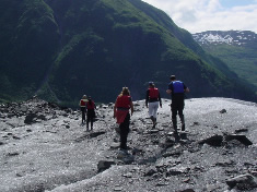 anadyr_glacier_hiking